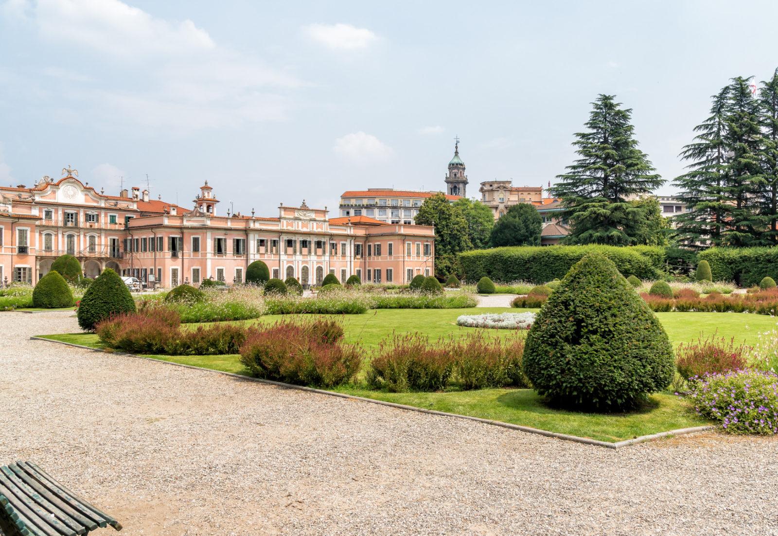 Veduta del castello e del giardino di Varese