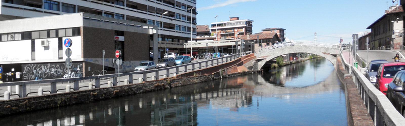 Guardia giurata si butta nel canale e salva una persona priva di sensi